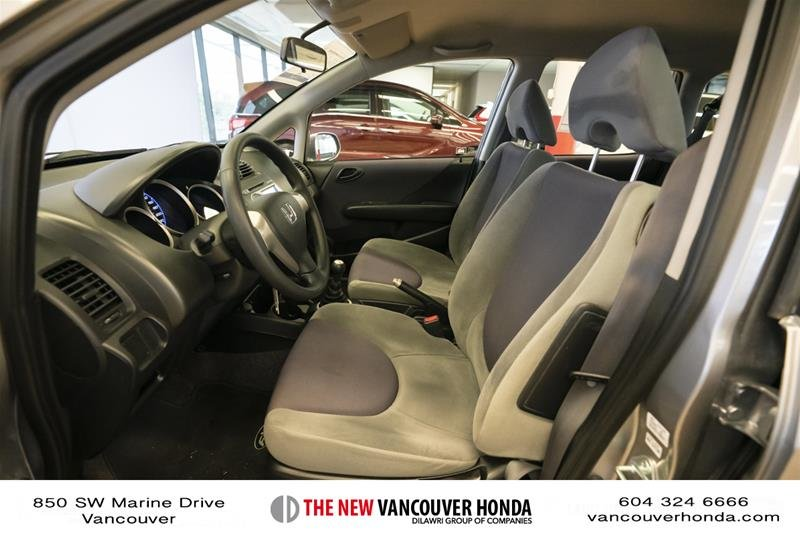2008 Honda Fit Hatchback DX 5sp in Vancouver, British Columbia - 10 - w1024h768px