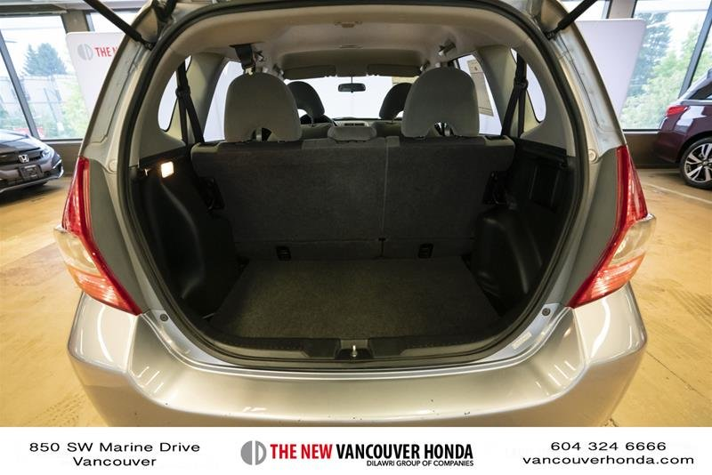 2008 Honda Fit Hatchback DX 5sp in Vancouver, British Columbia - 18 - w1024h768px