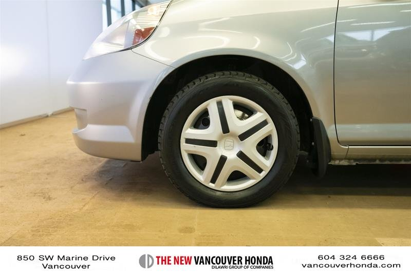 2008 Honda Fit Hatchback DX 5sp in Vancouver, British Columbia - 9 - w1024h768px