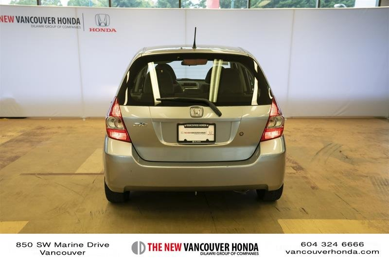 2008 Honda Fit Hatchback DX 5sp in Vancouver, British Columbia - 6 - w1024h768px