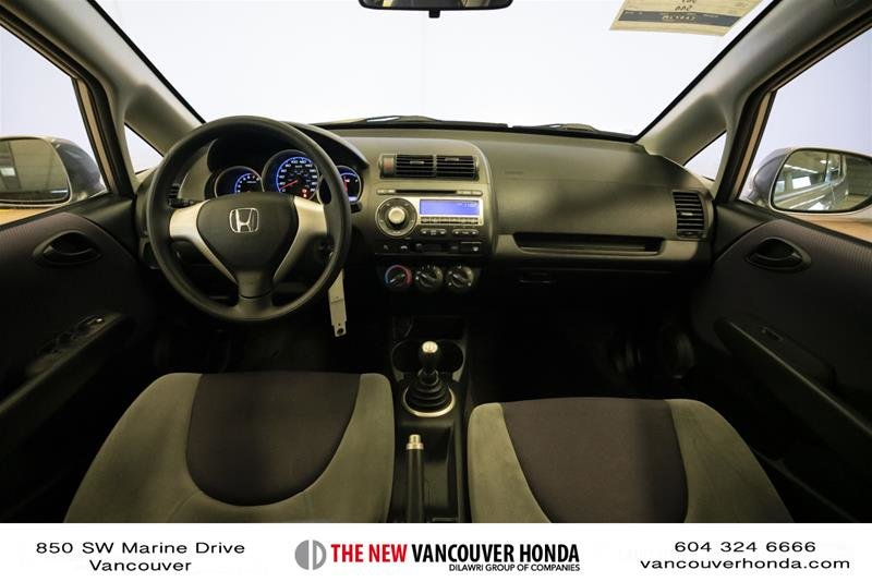 2008 Honda Fit Hatchback DX 5sp in Vancouver, British Columbia - 13 - w1024h768px