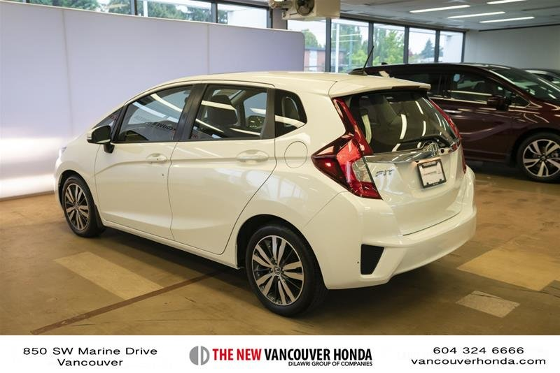 2015 Honda Fit EX-L Navi CVT in Vancouver, British Columbia - 7 - w1024h768px