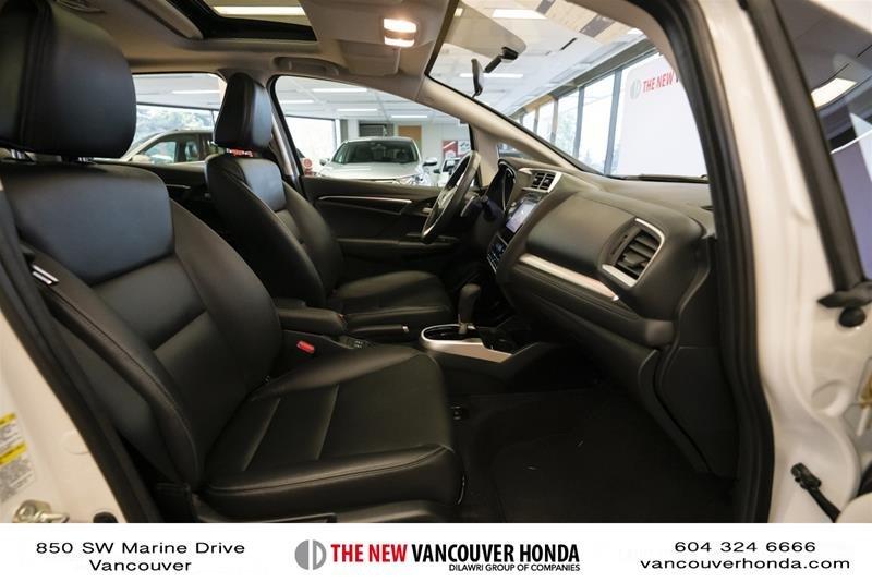 2015 Honda Fit EX-L Navi CVT in Vancouver, British Columbia - 16 - w1024h768px