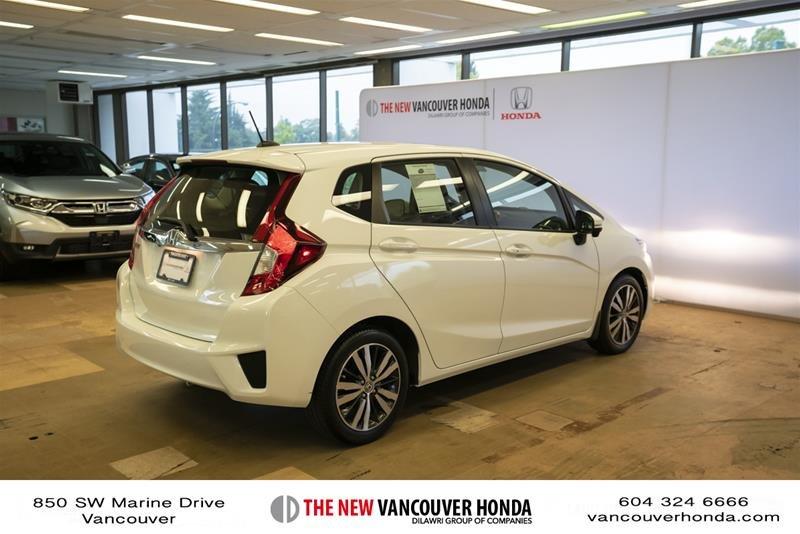 2015 Honda Fit EX-L Navi CVT in Vancouver, British Columbia - 5 - w1024h768px