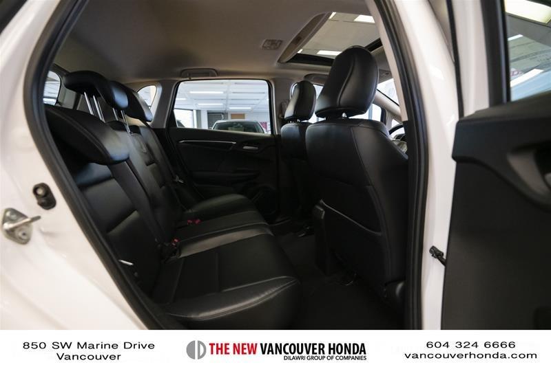2015 Honda Fit EX-L Navi CVT in Vancouver, British Columbia - 14 - w1024h768px