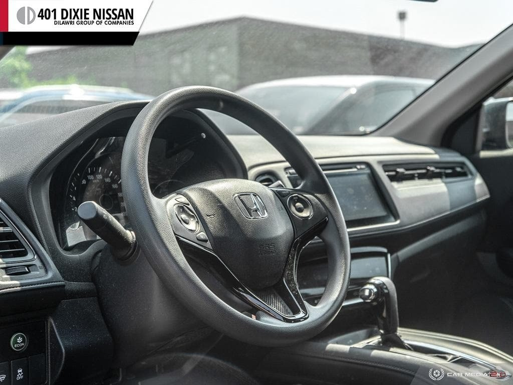 2016 Honda HR-V LX 4WD CVT in Mississauga, Ontario - 13 - w1024h768px