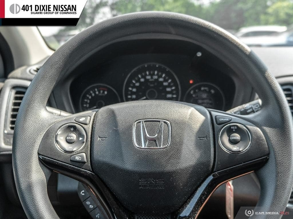 2016 Honda HR-V LX 4WD CVT in Mississauga, Ontario - 14 - w1024h768px