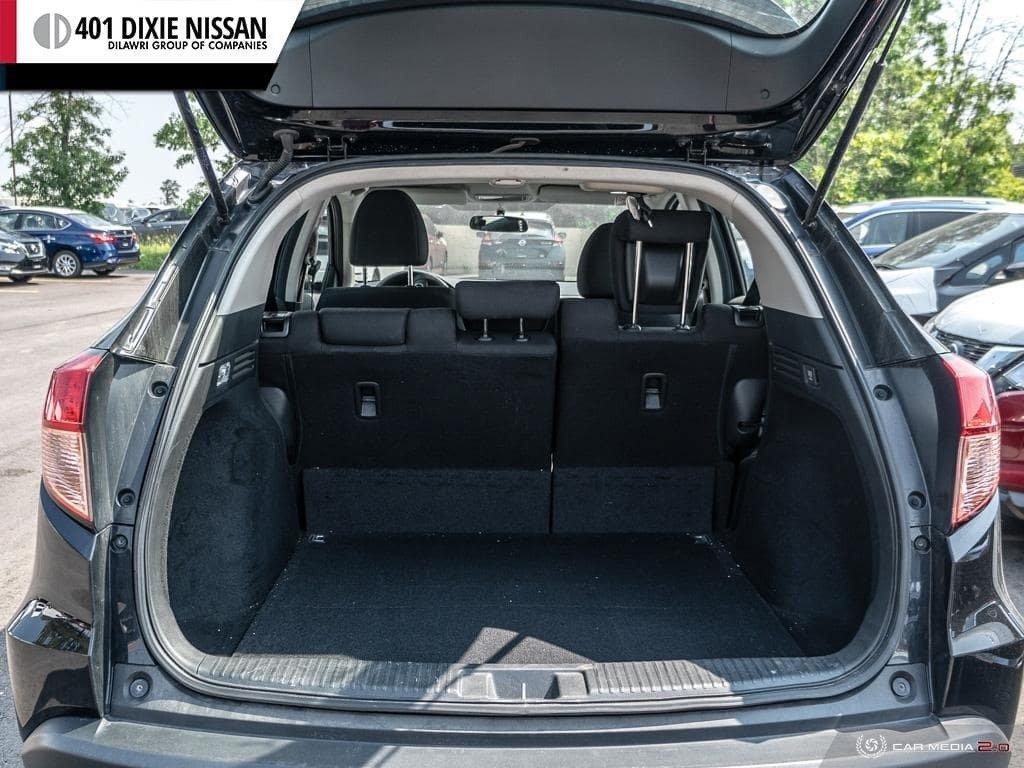 2016 Honda HR-V LX 4WD CVT in Mississauga, Ontario - 11 - w1024h768px