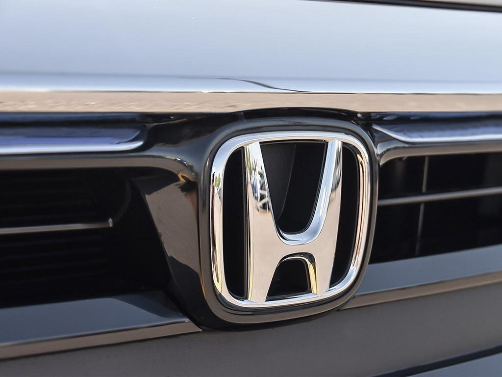 2019 Honda Insight Hybrid Touring in Markham, Ontario - 9 - w1024h768px