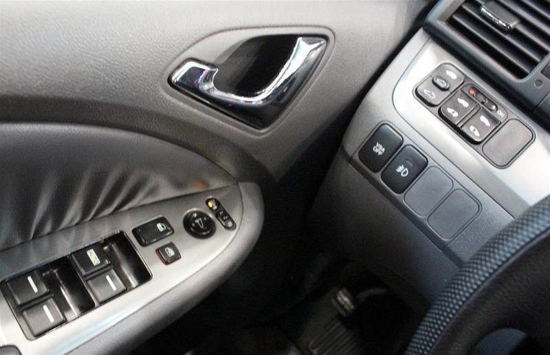 2005 Honda Odyssey EX-L 5 SPD at in Regina, Saskatchewan - 3 - w1024h768px