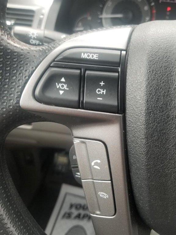 2013 Honda Odyssey EX in Mississauga, Ontario - 12 - w1024h768px