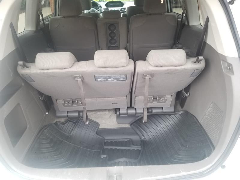 2013 Honda Odyssey EX in Mississauga, Ontario - 20 - w1024h768px