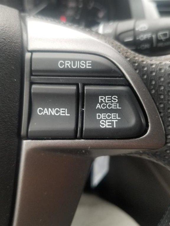 2013 Honda Odyssey EX in Mississauga, Ontario - 11 - w1024h768px