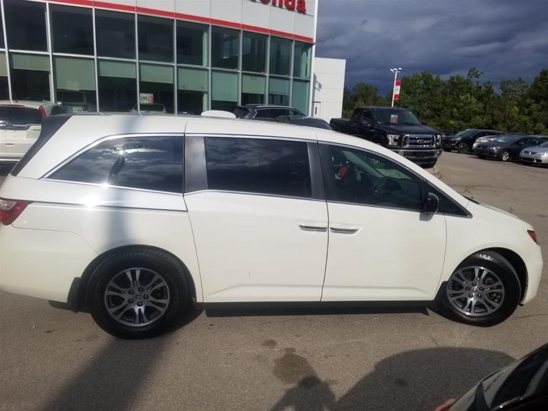 2013 Honda Odyssey EX in Mississauga, Ontario - 4 - w1024h768px