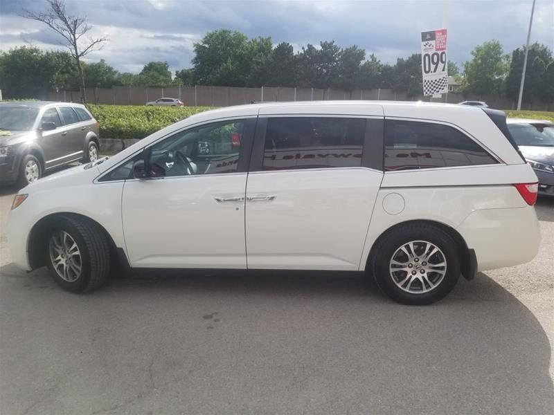2013 Honda Odyssey EX in Mississauga, Ontario - 8 - w1024h768px