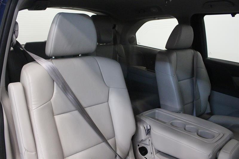 2015 Honda Odyssey Touring in Regina, Saskatchewan - 13 - w1024h768px