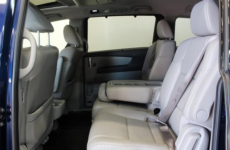 2015 Honda Odyssey Touring in Regina, Saskatchewan - 12 - w1024h768px
