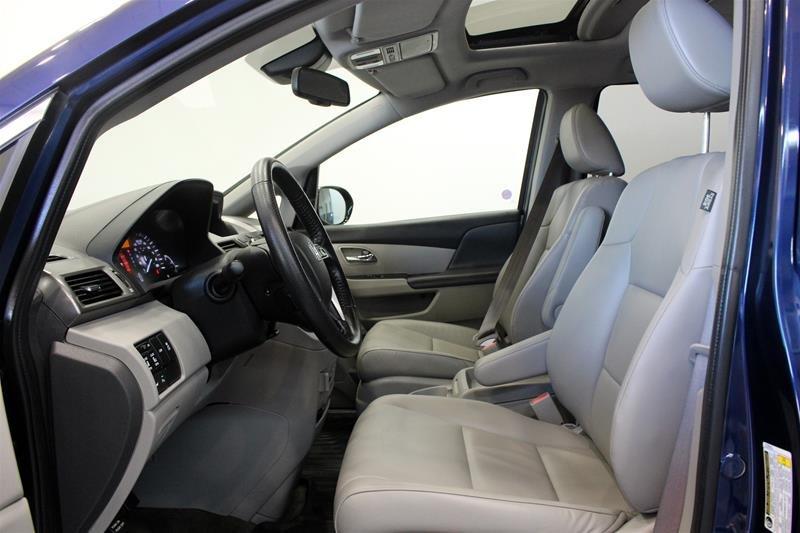 2015 Honda Odyssey Touring in Regina, Saskatchewan - 10 - w1024h768px