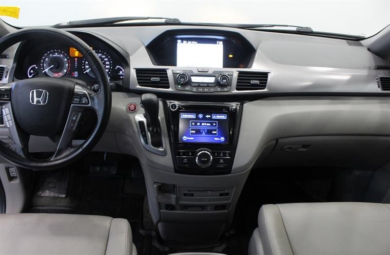 2015 Honda Odyssey Touring in Regina, Saskatchewan - 14 - w1024h768px