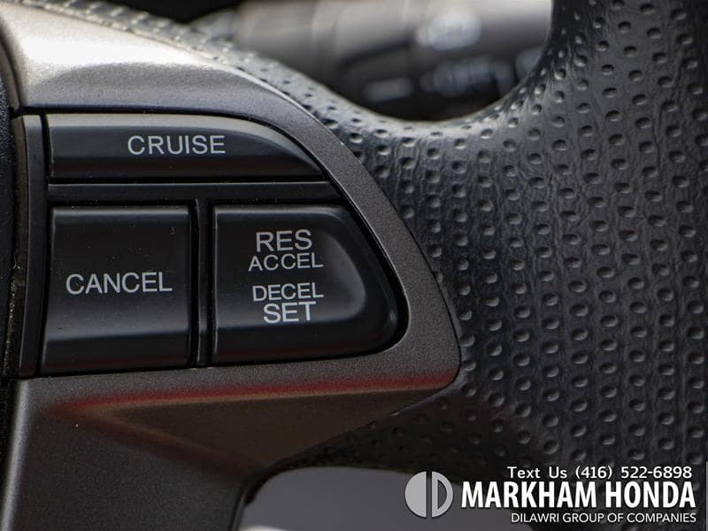 2015 Honda Odyssey LX in Markham, Ontario - 13 - w1024h768px