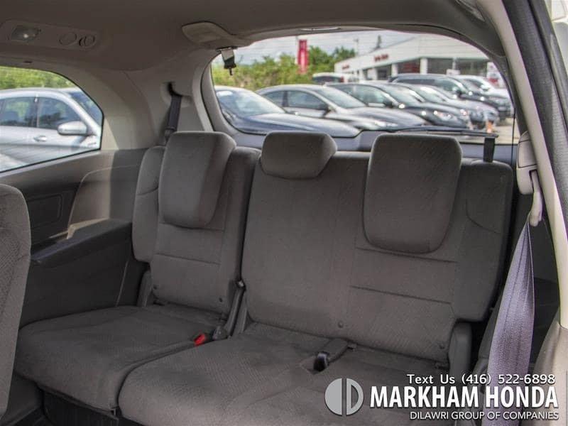 2015 Honda Odyssey LX in Markham, Ontario - 10 - w1024h768px