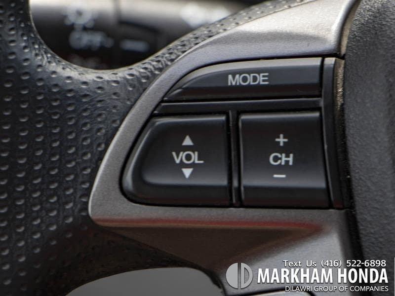 2015 Honda Odyssey LX in Markham, Ontario - 14 - w1024h768px