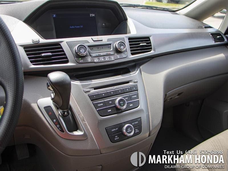 2015 Honda Odyssey LX in Markham, Ontario - 16 - w1024h768px