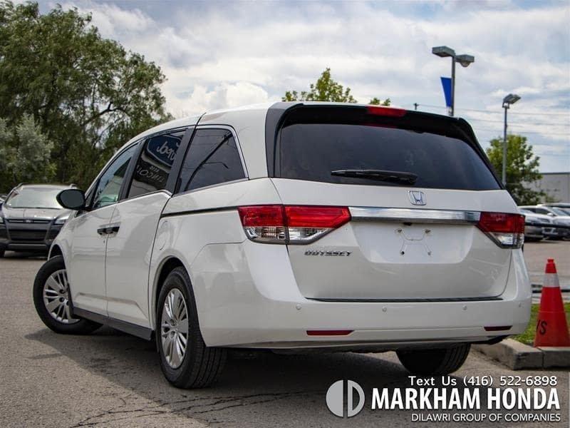 2015 Honda Odyssey LX in Markham, Ontario - 3 - w1024h768px