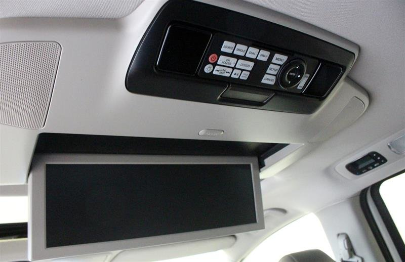 2016 Honda Odyssey Touring in Regina, Saskatchewan - 16 - w1024h768px