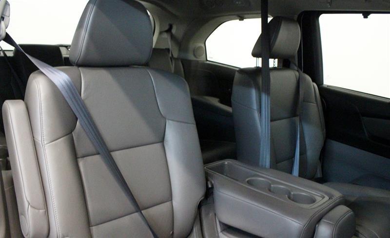 2016 Honda Odyssey Touring in Regina, Saskatchewan - 13 - w1024h768px