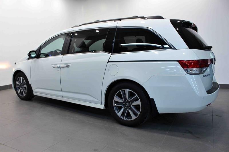 2016 Honda Odyssey Touring in Regina, Saskatchewan - 21 - w1024h768px