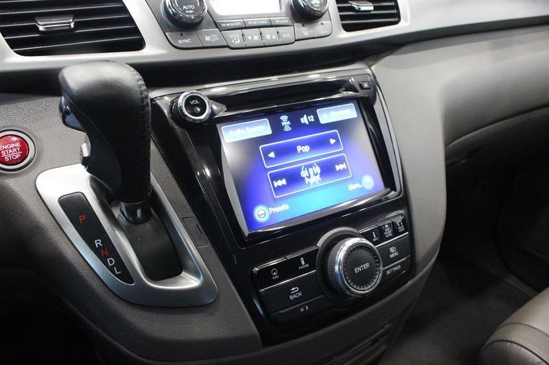 2016 Honda Odyssey Touring in Regina, Saskatchewan - 4 - w1024h768px