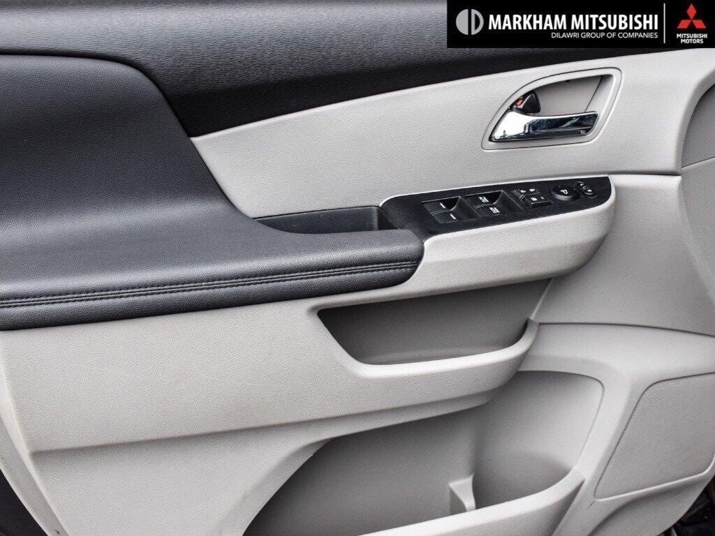 2016 Honda Odyssey EX in Markham, Ontario - 21 - w1024h768px