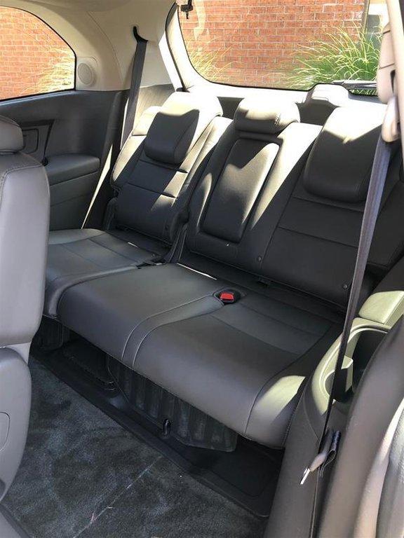 2016 Honda Odyssey Touring in Mississauga, Ontario - 35 - w1024h768px