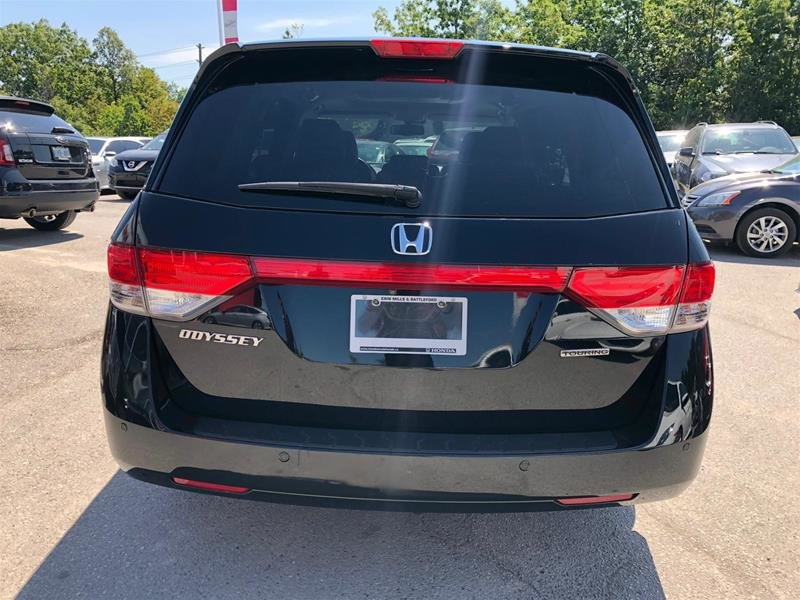 2016 Honda Odyssey Touring in Mississauga, Ontario - 5 - w1024h768px