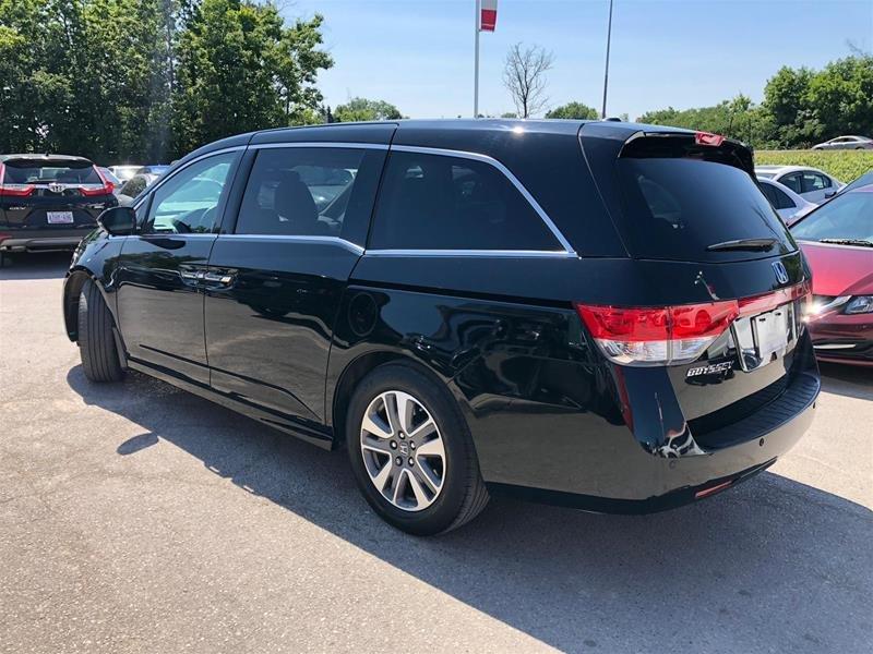 2016 Honda Odyssey Touring in Mississauga, Ontario - 6 - w1024h768px