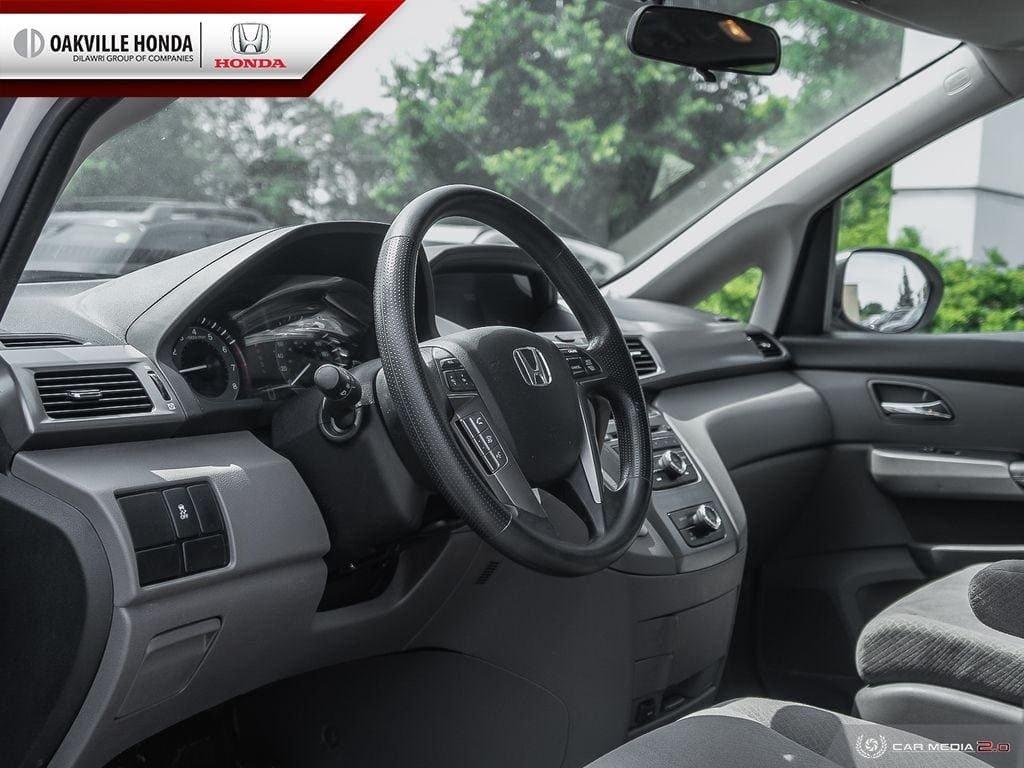 2016 Honda Odyssey LX in Oakville, Ontario - 11 - w1024h768px