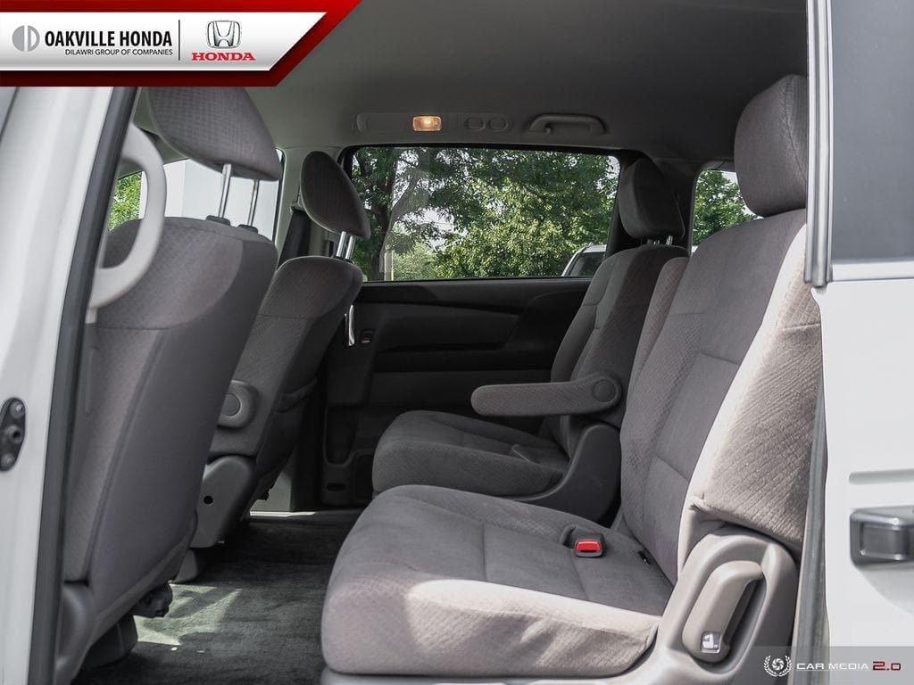 2016 Honda Odyssey LX in Oakville, Ontario - 22 - w1024h768px