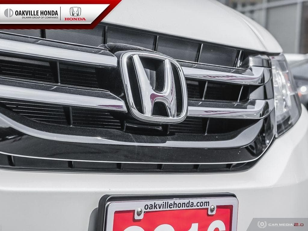 2016 Honda Odyssey LX in Oakville, Ontario - 8 - w1024h768px