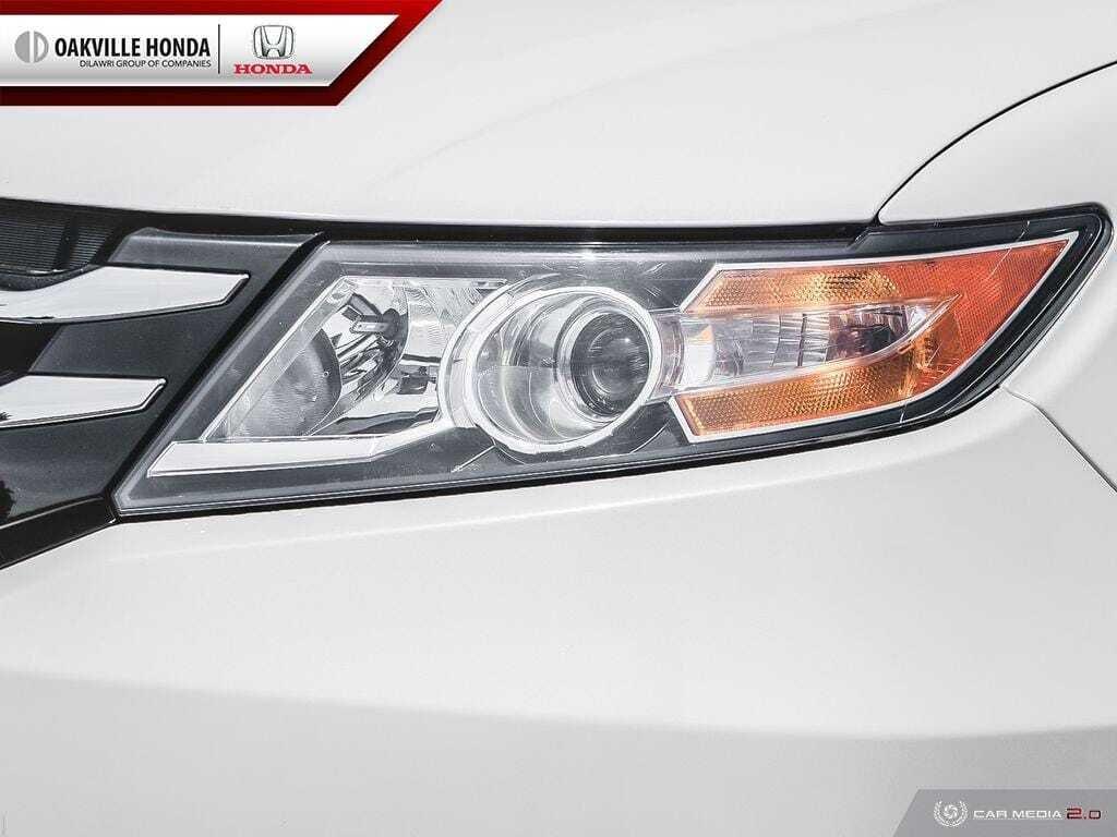 2016 Honda Odyssey LX in Oakville, Ontario - 9 - w1024h768px