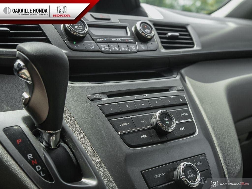2016 Honda Odyssey LX in Oakville, Ontario - 18 - w1024h768px