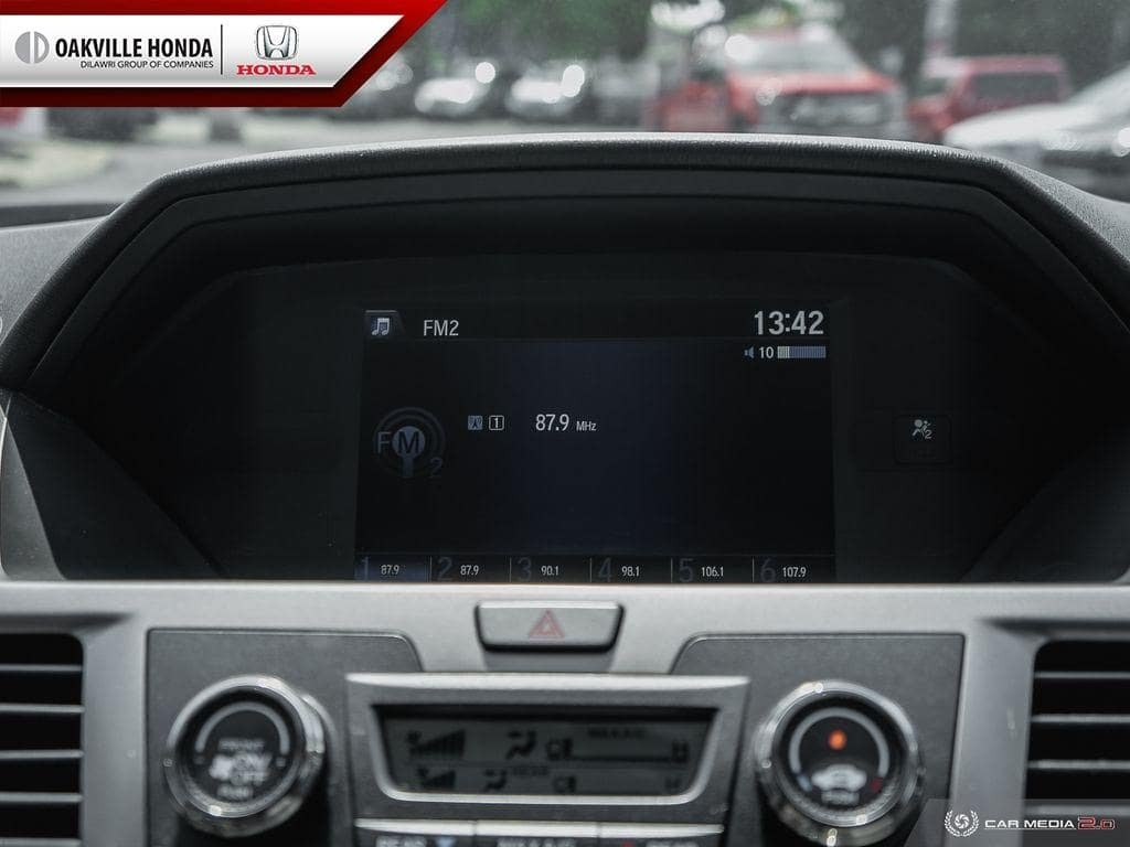 2016 Honda Odyssey LX in Oakville, Ontario - 19 - w1024h768px
