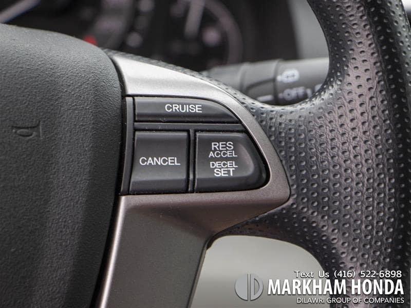 2016 Honda Odyssey EX in Markham, Ontario - 12 - w1024h768px