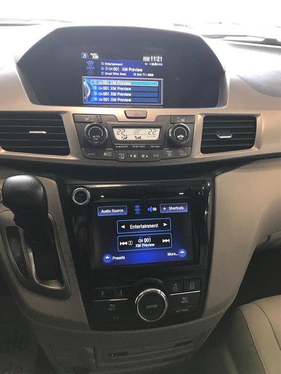 2016 Honda Odyssey EX-L Res in Mississauga, Ontario - 11 - w1024h768px