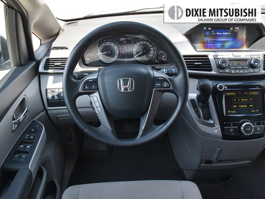 2017 Honda Odyssey EX in Mississauga, Ontario - 12 - w1024h768px