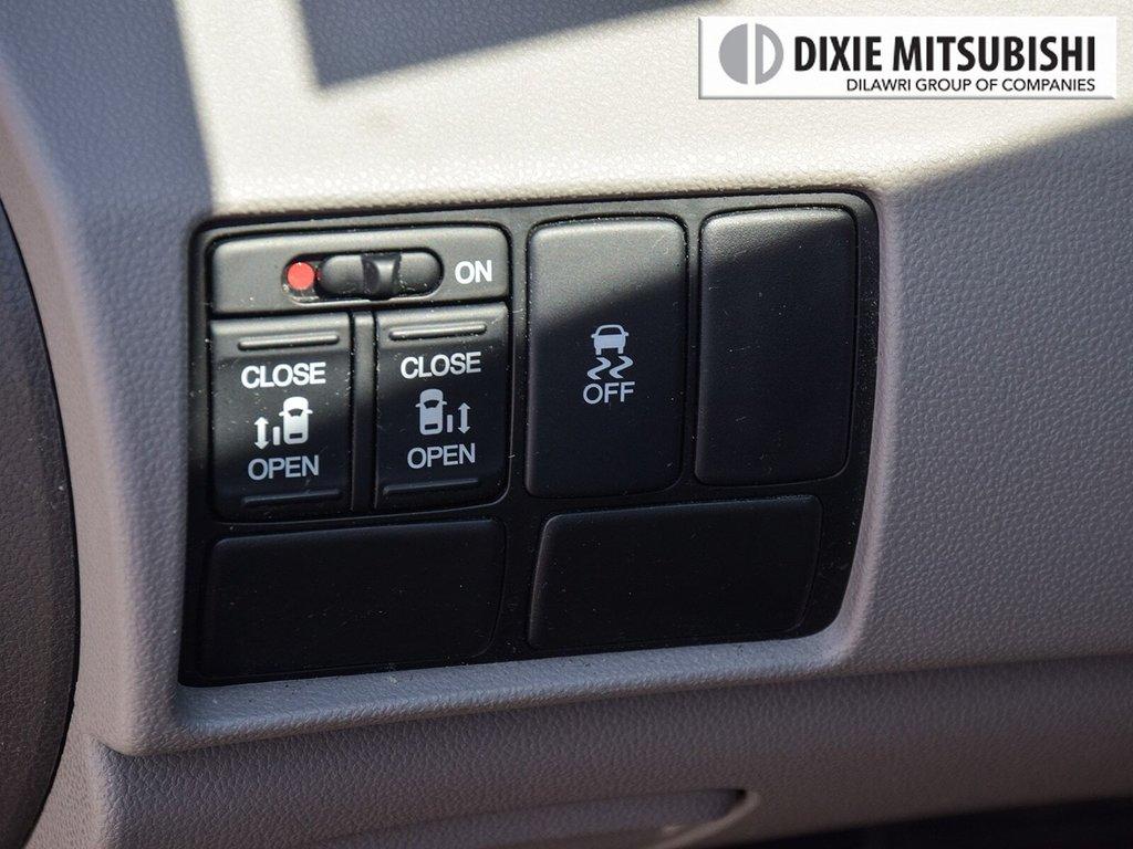 2017 Honda Odyssey EX in Mississauga, Ontario - 22 - w1024h768px