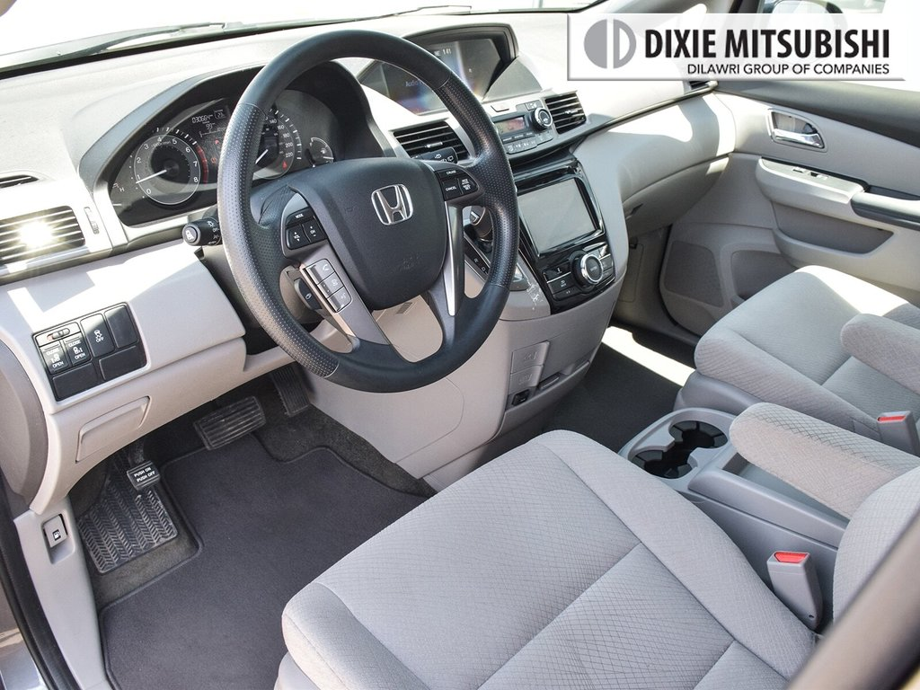 2017 Honda Odyssey EX in Mississauga, Ontario - 10 - w1024h768px