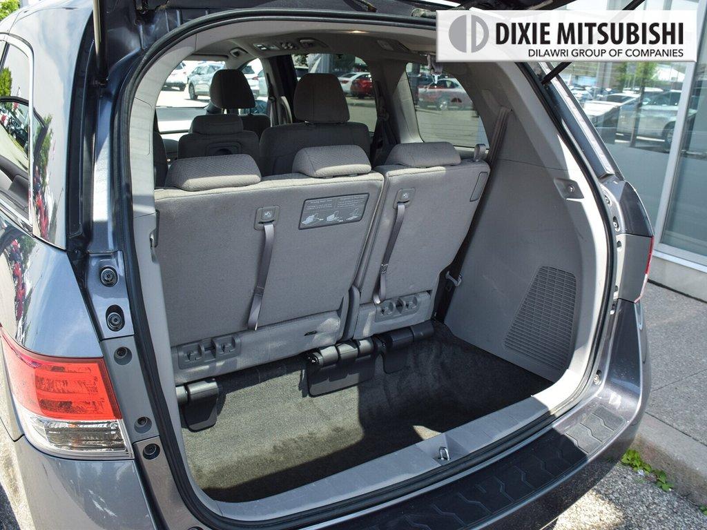 2017 Honda Odyssey EX in Mississauga, Ontario - 25 - w1024h768px