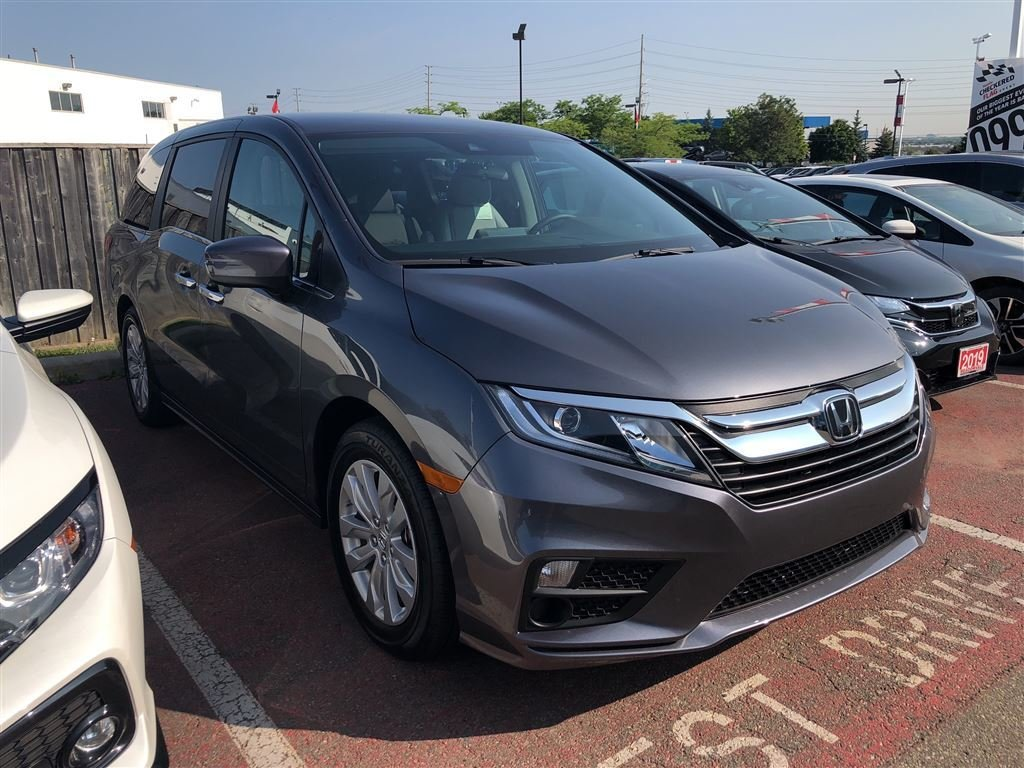 2019 Honda Odyssey LX in Mississauga, Ontario - 3 - w1024h768px