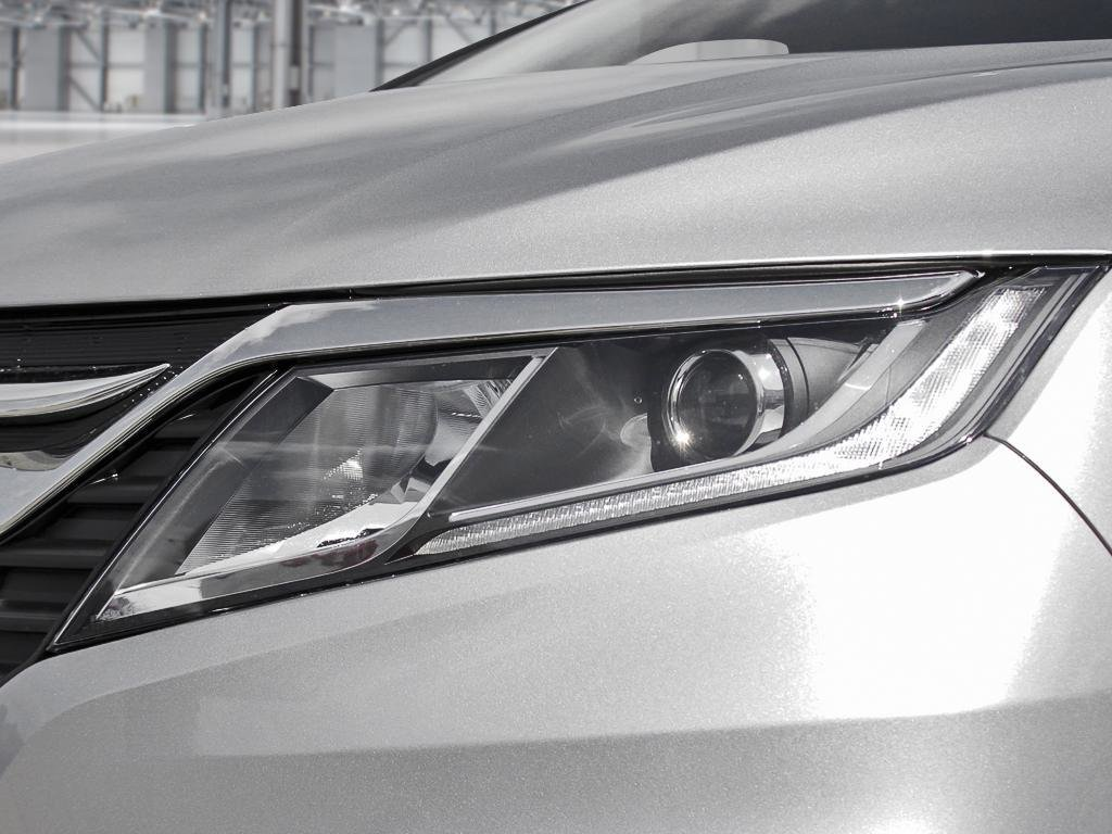 2019 Honda Odyssey EX Res in Mississauga, Ontario - 10 - w1024h768px